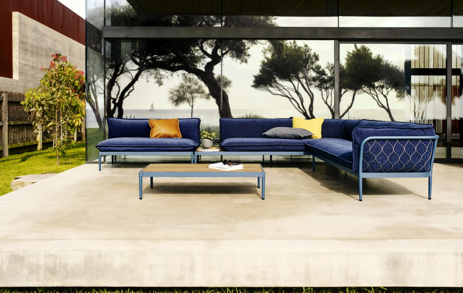 Luxury Outdoor Coffee Table